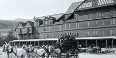 Mammoth Hotel with stagecoaches;Photographer unknown;No date