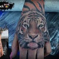 Bildergebnis für tattoo handrücken katze