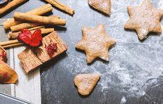 Το παραδέχομαι μ' άρεσουν τα μπισκότα!!! Τα μπισκότα με βρώμηείναι τα αγαπημένα μου! Όμως τώρα που είναι Χριστούγεννα φτιάχνω τα μπισκότα κανέλας!! Έχω δοκιμάσει πολλές συνταγές, όπως καταλαβαίνεις, και είμαι εδώ για να σου δείξω μια από τις πιο εύκολες,… Dairy, Cheese, Food, Essen, Meals, Yemek, Eten
