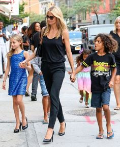 Heidi Klum Photos: Heidi Klum Walking Thorugh SoHo With Her Kids