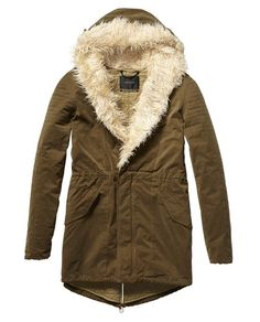 Technical Parka by Scotch and Soda, it looks so warm n comfy cozy!!! Hurry up fall!!!