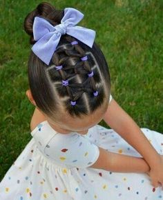 Easter Hair Inspiration for Little Girls - Coiffure Sites Girls Hairdos, Cute Little Girl Hairstyles, Easy Hairstyles For School, Baby Girl Hairstyles, Bow Hairstyles, Teenage Hairstyles, Hairstyles For Toddlers, Creative Hairstyles, Mixed Kids Hairstyles