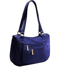 I love the color of this bag.