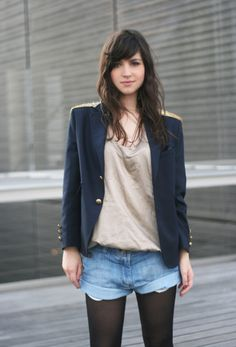Loving the shorts and blazer combo. I'm all about dressing down smart clothes, plus the gold detailing is lush.