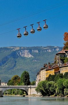 Cable Cars in Grenoble - Les oeufs de #Grenoble city of #France.