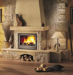 Fireplace Design 2020 – Can you put wood around a gas fireplace? - Home Decor Stove Fireplace, Fireplace Design, Classic Fireplace, Farmhouse Interior, Living Room Decor, New Homes, Cottage, House Design, Canning