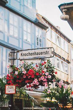 Knochenhauerstr. (#Hannover) By Julia Dávila-Lampe