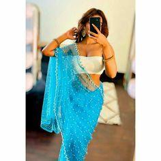 Cute Girl Pic, Stylish Girl Pic, Cute Girls, Girly Dp, Beautiful Girl Indian, Indian Beauty Saree, Desi, Boy Or Girl, Bff Quotes