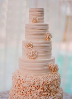 to order wedding cakes visit: www.wanors.com or call on 9081112666