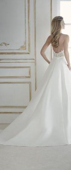 gefunden bei Happy Brautmoden, Brautkleid, Hochzeitskleid, La Sposa, tiefer Rücken, Rückenausschnitt, Spitze, elegant, romantisch