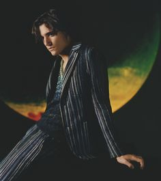 Missoni looks to Tamino-Amir Moharam Fouad to front its spring-summer 2019 men's campaign.The Belgian-Egyptian singer embraces a serene mood for the outing. Photographer Harley Weir reunites with the… Pretty People, Beautiful People, Harley Weir, Dark Wings, Gisele Bundchen, Trends, Attractive Men, Missoni, Supermodels