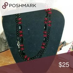 Lovely glass necklace Ruby and onyx colored vintage Jewelry Necklaces