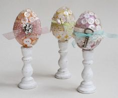 Button Easter Eggs via OrganizedClutter.net