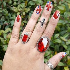 Everything about this makes us happy. Perfect #NerdManicure shot!  #Repost @dawnsirynbanks ・・・ I LOVE these Union Jack* nail wraps by @espionage_cosmetics ! Probably my favorite nail wraps so far! 👑 #EspionageCosmetics #Nails #Instanails #NailWraps #RoseTyler #DoctorWho #TenthDoctor #nailart #UnionJack #Flag #Anglophile #Instagood #NOTD