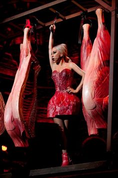 Lady Gaga brings back the meat dress. Do you love it, or is it time for Gaga to get a new gimmick? Lady Gaga Meat, Mtv, Bradley Cooper, Little Monsters, Moda Lady Gaga, Celebrity Gossip, Celebrity Style, Celebrity News, Meat Dress