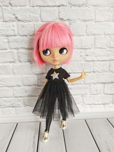 Black dress, bomber and leggings for Blythe doll, Blythe clothes, outfit for blythe Baby Doll Picture, Black Leather Leggings, Gothic Dolls, Anime Dolls, Barbie, Other Outfits, Blythe Dolls, Diy Clothes, Diy Fashion