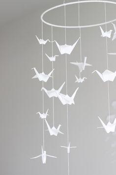 DIY Nursery Mobiles : DIY: Origami Crane Mobile