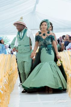 A Gorgeous Wedding With The Bride In Green Shweshwe - South African Traditional Wedding African Bridal Dress, African Print Wedding Dress, African Wedding Attire, African Print Dresses, African Attire, African Dress, Sotho Traditional Dresses, South African Traditional Dresses, Traditional Wedding Attire