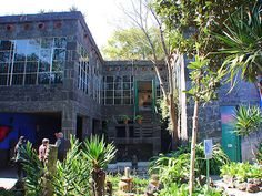la casa azul. (museo frida kahlo) - coyoacán, méxico d.f., mexico... one of the most meaningful places i've been. wish i could be there right now!