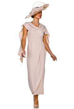Mother of the Bride London Glasgow Mother Of Groom Outfits, Mother Of The Bride, Mothers Dresses, Bride Dresses, Mom Dress, Designer Wedding Dresses, Pretty Dresses, Blouses For Women, Evening Dresses