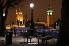 London, England: A Mixture of Old and New