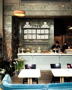 Cafe Restaurant, Russian Restaurant, Cafe Nyc, Restaurant Concept, Bakery Cafe, Restaurant Design, Studio Kitchen, New Kitchen, Sitting Arrangement