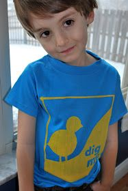 Just Another Day in Paradise: Tuesdays are For the Kiddos: Chicks Dig Me Tee How-to