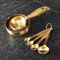 Gold Measuring Cup and Measuring Spoons Kitchen Utensils List, Kitchen Items, Kitchen Gadgets, Kitchen Decor, Kitchen Tools, Decorating Kitchen, Kitchen Art, Kitchen Appliance Storage, Kitchen Appliances
