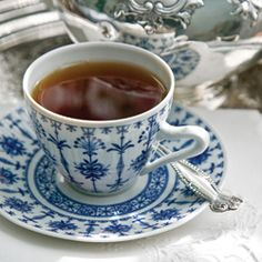 7 Simple Steps to Better Tea - the basics for correctly brewing the perfect cup of tea. A.K.A. - no microwaves!