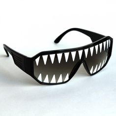 Macho Wrestler Sunglasses Silver Ooo Yeah on Black Lens with White Frame