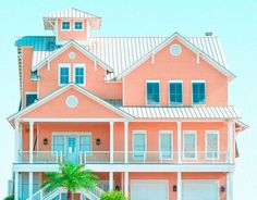 light blue and white combinations to create tropical house colors