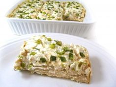 Skinny Chicken Enchilada Casserole with Green Chile Sauce. It's luxuriously rich, a bit spicy and so delicious! Each slice has 289 calories, 5 grams fat & 7 Weight Watchers POINTS PLUS. Skinny Recipes, Ww Recipes, Mexican Food Recipes, Great Recipes, Cooking Recipes, Favorite Recipes, Healthy Recipes, Cleaning Recipes, Healthy Lunches
