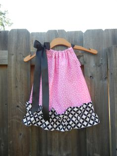 I love pillow case dresses for when she's bigger :) Sassy Pink Polka Dot Pillowcase Dress with Diamond Eye Ruffle - sizes to AND SASSY Aubrey Kate, Pillow Dress, Paris Birthday Parties, Diamond Eyes, Cali Girl, Scarf Dress, Warm Spring, Sewing Crafts, Sewing Ideas