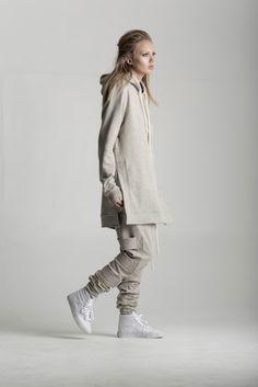 Au Courant Paris. More Fashion here.