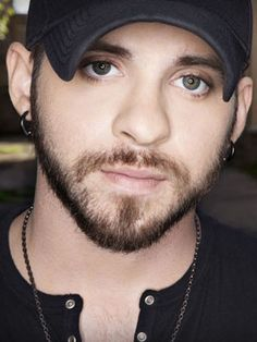 """The country music superstar, Brantley Gilbert, has announced the """"Let It Ride Tour"""" with support from Eric Paslay and Thomas Rhett. Brantley Gilbert, Country Music Artists, Country Singers, Country Musicians, Country Men, Country Girls, Country Life, Country Strong, Country Style"""