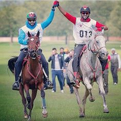 "Hamdan MRM - Nasser HIK, Windsor, 16/05/2014  Hamdan MRM: ""Two riders, two horses but both winners in today's Royal #Windsor endurance race! Congratulations to UAE and Bahrain"" - faz3"