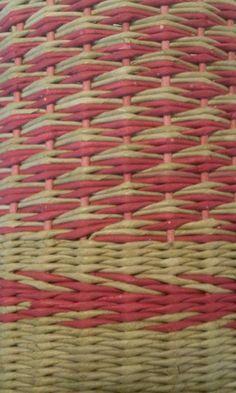 Ситец с верёвочкой в 2 цвета, нечётное количество стоек.