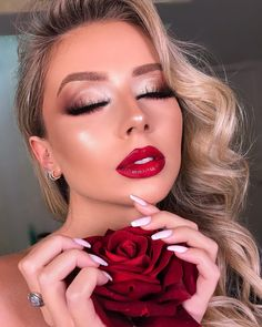 Long-term makeup, likewise called cosmetic tattooing, is becoming quite popular, but there are things you need to understand before having actually the procedure done. Makeup To Go With Red Dress, Red Dress Makeup, Red Lips Makeup Look, Red Lipstick Makeup, Kiss Makeup, Glam Makeup, Bridal Makeup, Wedding Makeup, Beauty Makeup