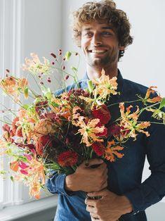 Bouquet recipe: a summer bouquet to make you bloom Flowers For You, Fall Flowers, Summer Flowers, Gladiolus, Delphinium, Fall Bouquets, Wedding Bouquets, Crocosmia, Indian Summer