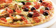 Classic and Gourmet thin crust pizzas with over 22 different toppings. Italian Menu, Italian Pasta, Super Bowl Finger Foods, Traditional Italian Dishes, Thin Crust Pizza, Pizza Restaurant, Flatbread Pizza, Favourite Pizza, Vegetable Pizza