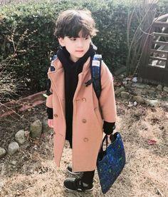 My Top Street Fashion Styles Black Kids Fashion, Kids Winter Fashion, Kids Fashion Boy, Toddler Fashion, Fashion Fall, Cute Asian Babies, Korean Babies, Asian Kids, Cute Babies
