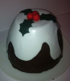 Chocolate Biscuit Christmas Pudding Tutorial ~ Tremendous Fun