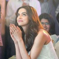 """""""How beautiful are the words that come without notice and bring happiness and joy to your heart. And how beautiful are those letters which are written just for you""""-Deepika padukone for her (fans)❤️❤️ Deepika Ranveer, Deepika Padukone Style, Deepika Pic, Aishwarya Rai, Bollywood Photos, Bollywood Stars, Indian Celebrities, Bollywood Celebrities, Beautiful Bollywood Actress"""