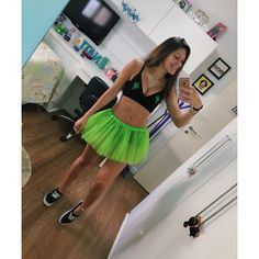 disfraces Halloween Costume Contest, Group Halloween, Halloween Outfits, Glow In Dark Party, Fantasy Party, Teen Trends, Halloween Disfraces, Cool Costumes, Costume Ideas