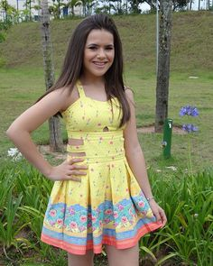 que nossos jardins tenham todos os dias flores e alegrias Vestidos Para  Adolescentes, Fotos Lindas b17115368d