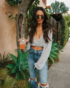 New summer brunch outfit preppy chic Ideas Adrette Outfits, Preppy Outfits, Spring Outfits, Fashion Outfits, 90s Fashion, Fashion Tips, Summer Brunch Outfit, Winter Stil, Spring Summer Fashion