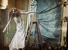 Couture dress in 'Fond d'Ecran' by Ivor Paanakker
