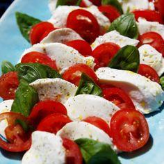 Caprese Salad, Mozzarella, Food, Essen, Meals, Yemek, Insalata Caprese, Eten