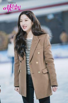 Korean Girl Fashion, Young Fashion, Khaki Suits, Kdrama Actors, True Beauty, Korean Actors, Passion For Fashion, My Girl, Fashion Beauty