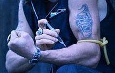 Татуировки наркозависимых подростков: содержание и функции